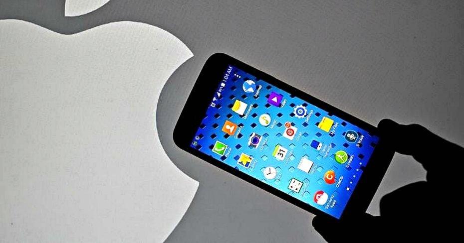 Apple V/s Samsung In Smartphone
